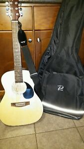 Acoustic Guitar with Case Cambridge Kitchener Area image 4