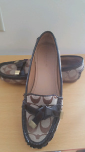 Genuine Coach Frida flats size 6