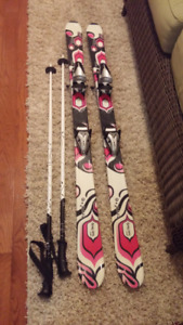 Mint condition jr women's skis with bindings and polls