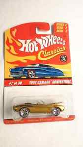 HOT WHEELS CLASSICS DIE CAST 1967 CAMARO SS CONVERTIBLE SERIES 2