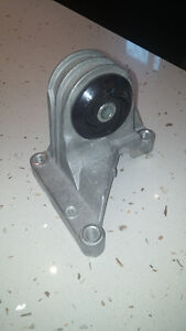 Volvo HD Polyurethane Upper Engine Stabilizer Mount & Bracket