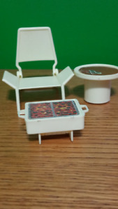Vintage Barbie BBQ, chair and table set