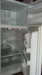 G e  white  refrigerator