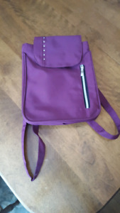 Ladies bag with backpack straps