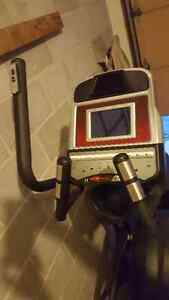 Sole elliptical machine Kitchener / Waterloo Kitchener Area image 3