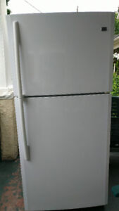 Maytag refrigerator for sales at 140$