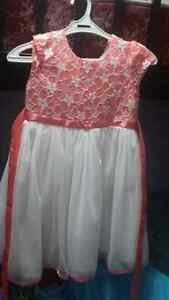 Party dresses for girls size 6-7 Kitchener / Waterloo Kitchener Area image 3