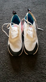 Child's Nike Air 27c