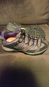 Ladies Merrell Shoes