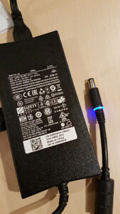 Dell laptop l Power adapter DA130PE1-00