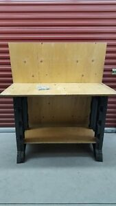 For Sale – Rubbermaid Workbench