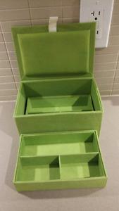 Winners jewellery box with lid - 2 tier fabric box