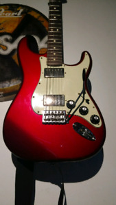 2011 Fender Blacktop Stratocaster Candy Apple Red (Trade?)