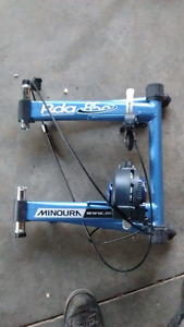 Minura Rda 850. Bicycle trainer. In great condition