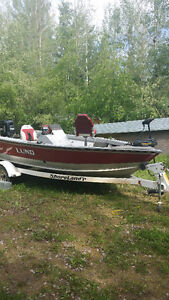 Lund Boat  Motor and Trailer Great for fishing and Cruising