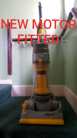 Dyson DC04 Refurbushed ( suitable for use on all floor types)