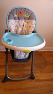 Chaise haute de marque carter's en parfaite condition