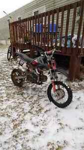 Great Condition 2009 125 Gio Dirt bike