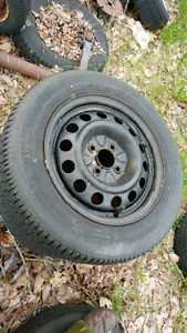 Used Tires for Sale (P185/65R14)