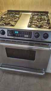 Maytag Gas Oven Range