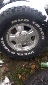 15inch 6 bolt Chevy rims all 4