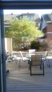 Table à manger patio + 6 chaises