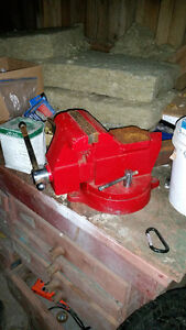 "Snap-on 6"" Bench vise"