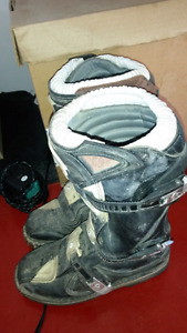 Size 4 youth thor dirt bike boot's
