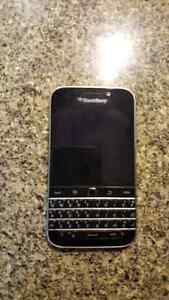 Blackberry Classic for sale London Ontario image 2