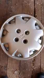 "Set of 4 15"" Honda hubcaps from older Honda Accord"