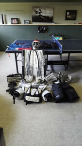 Full set of Senior Goalie Equipment