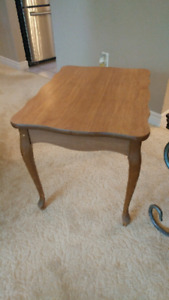 Excellent condition solid wood end table