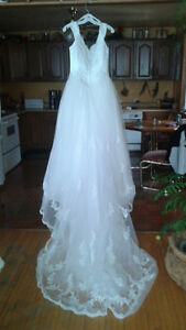 WEDDING DRESS   New Price