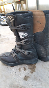 Motocross youth boots size Y6