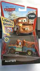 DISNEY PIXAR CARS 2 LIGHTS AND SOUNDS TOW MATER DIE CAST VEHICLE