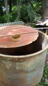 FIBER GLASS TANK & TRAIER