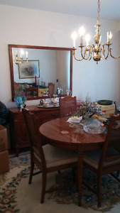 Gorgeous vintage (1960s) dining room set - mint condition!