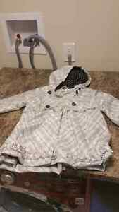 Excellent condition fall/winter /rain jackets  London Ontario image 2