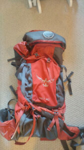 OSPREY VOLT 60L BACKPACK - CARMINE RED