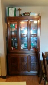 PRICE DROP!!  Hutch and table set. ONLY $1,000