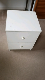 Free Bed side table