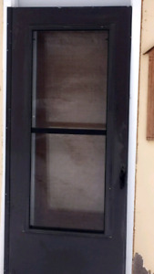 "32"" brown storm door"