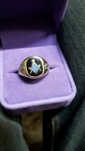 Masonic  10k gold ring