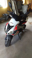 Aprilia SR 50 Factory 2009 excellente condition