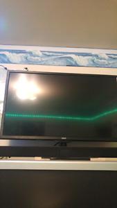 32 Inch RCA TV $200