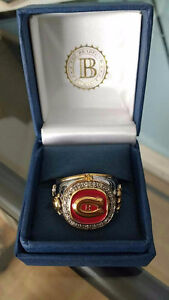 THE MONTREAL CANADIENS 20-DIAMOND RING (SIZE 10)