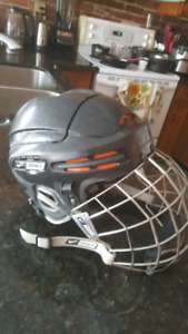 Bauer Nike Hockey helmet  NBH9500L with cage