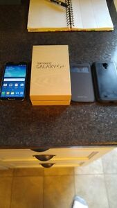 (BELL/VIRGIN) 16GB SAMSUNG GALAXY S4 INCLUDE + CHARGER + 2 CASES