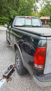 2003 Ford F-150 XLT Pickup Truck..best offer Peterborough Peterborough Area image 4