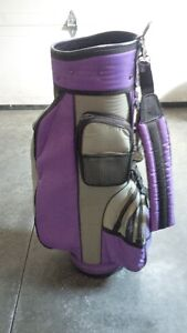 Ladies or Mens golf bag - $15